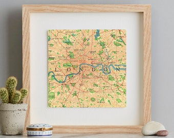 London Map Heart Print - Hand-drawn print - home decor - vintage map - travel gift -anniversary gift - Typography Map - Illustrated Map