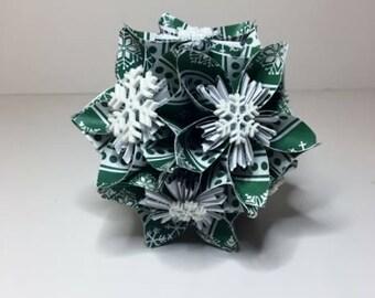 Small Kusudama Flower Ball Ornament (Snowflakes V15)