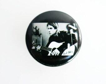 """Kurt Cobain - Nirvana 1"""" Pin Back Button Badge"""