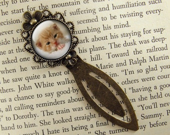 Kitten Bookmark, Cat Bookmark, Gift for Cat Lover, Bronze Bookmark, Book Lover, Book Accessories, Ready Ship, Clip Bookmark,  Yellow, Kitty