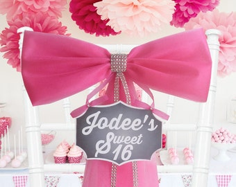Personalized Sweet 16 Decoration- Party Decoration- Sweet 16 Bow- Quinceanera Decoration- Sweet 16 Party Decoration- Wreath Mailbox Door