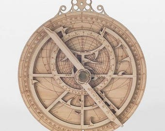 Planispheric Astrolabe (computer of the stars) etched in wood