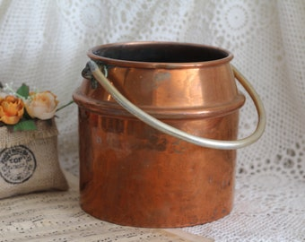 Vintage French Copper Pot with Iron Handle - Decoration