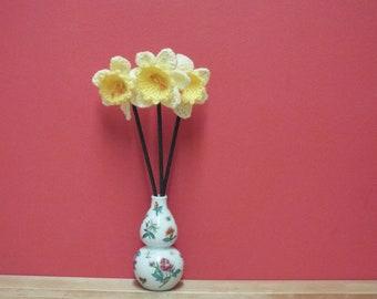 Crocheted Spring Daffodils