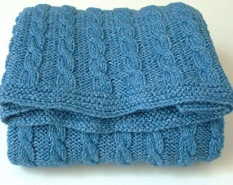 KNITTING PATTERNS baby blanket  - classic cable blanket