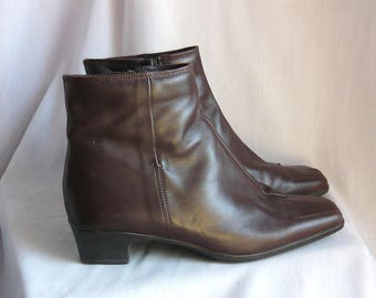 Vintage Sesto MEUCCI Leather Ankle Boots / size 7 .5 m Eu 38 UK 5 / Square Toe Chocolate Brown Low Heel / Made in Italy