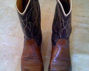 Men's Size 7 or Womens Size 9 Nocomo Cowboy Boots