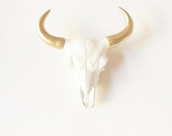 WHITE GOLD, SMaLL Faux BISON Skull Head Wall Mount, Faux Taxidermy, Faux Skull Head, Skull Head, Bison Wall, Faux Animal Head, skeleton Head
