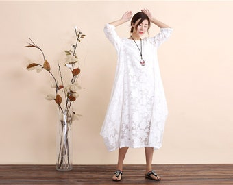 Women's white sleeveless floral dress