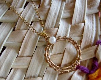 Vintage Circle Pearl Pendant Gold Filled