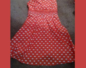 Vintage 1960's ladies dress pristine condition, fully lined