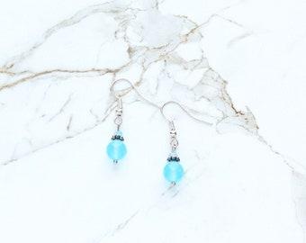 Aqua bleus boucles d'oreilles, boucles d'oreilles Pierre Bleu Turquoise, bleu Pastel en verre cristal boucles d'oreilles, boucles d'oreilles de Pâques, cadeaux pour maman, cadeaux de fête des mères