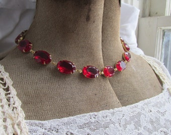 Red statement necklace, Anna Wintour necklace, red choker, edwardian jewelry, ruby necklace, ruby jewelry, georgian collet.