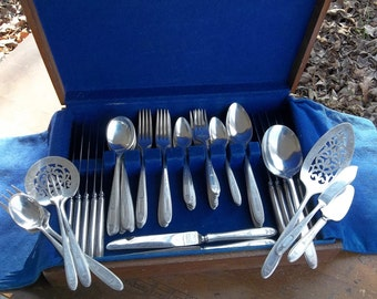 Vintage Flatware Antique Silver Plate 12 Place Settings GROSVENOR 1921 Wedding Decorations Table Decor French Country Serving Set MINT