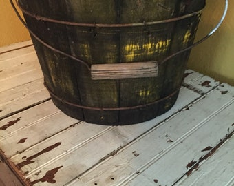 Lovely early antique wooden bucket with all original paint and hardware! Fabulous!