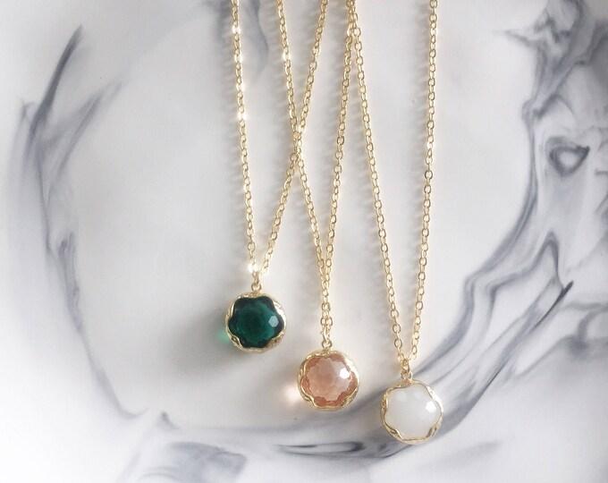 The [ Z O E ] Necklace