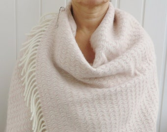 BRIDESMIDES PINK SHAWL Wool Blanket Scarf Oversized Lambswool Wrap Thick Wool Cape Large Wedding Wool Scarf Bridal Gift Mother's Day Gift