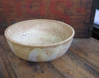 Large Serving Bowl - Salad Bowl - Pasta Bowl - Bread Baking Bowl - Wheel Thrown - Stoneware Pottery - White and Purple zig zag Glaze - 48oz