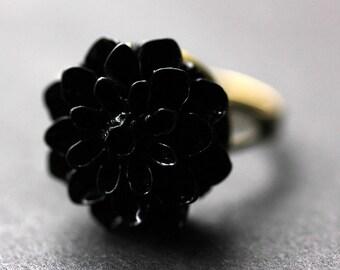 Black Mum Flower Ring. Black Chrysanthemum Ring. Black Flower Ring. Adjustable Ring. Handmade Flower Jewelry.