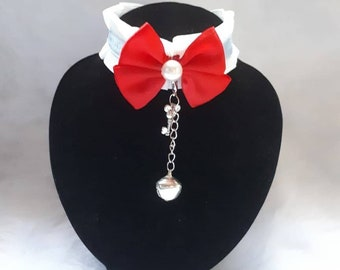 white and blue vhoker coklar necklace petplay DDLG BDSM ABDL