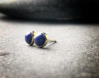 5mm bezel set lapis lazuli cabochon stud earrings 18k yellow gold