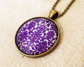 Purple Damask - Necklace with cabochon