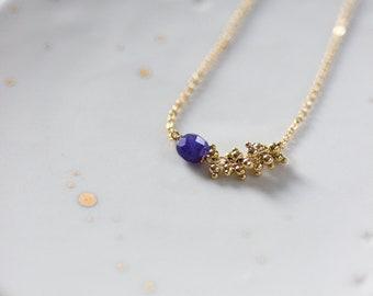 Collier grappe doré à l'or fin et pierre