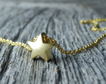 Small Gold Star Necklace. Tiny Gold Plated Chain. Dainty Matte Gold Plated Star. Minimalist Jewelry. Simple Necklace. Star Necklace.