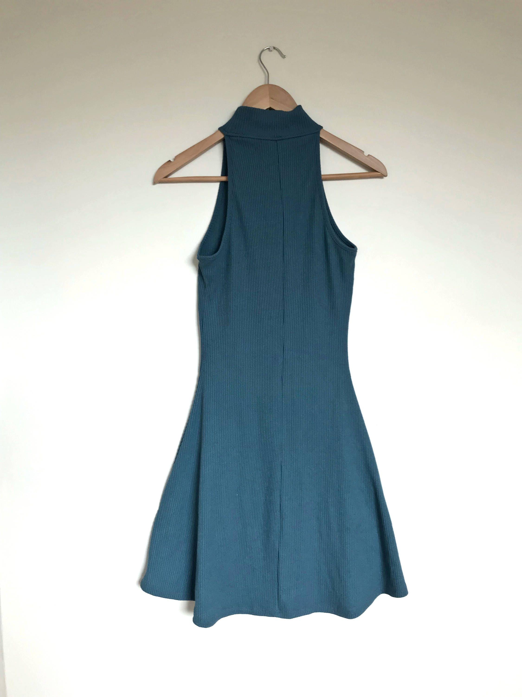 Size M Womens AUD //Turquoise // Turtleneck Dress