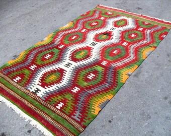kilim rug free shipping VINTAGE TURKİSH dazkır kilim Anatolian Rug handwoven kilim decorative kilim SİZE - 49 '' X 84 ''( 123 cm X 210 cm)