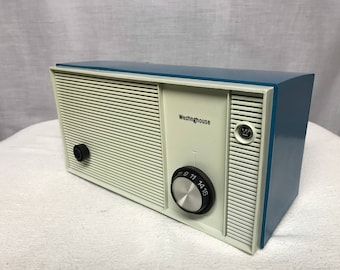 Westinghouse vintage retro tube radio with iphone or bluetooth Input.