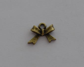 5 charms 15x12mm antique brass bow pendant