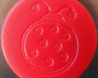 """10 snaps engraved KAM """"Ladybug"""" red deep matte"""