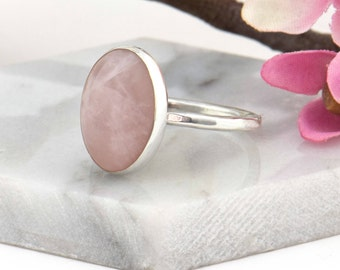 Rose Quartz Ring Gemstone Ring - Anniversary Gift for Her - Boho Ring for Women - Dainty Ring - Minimalist Ring - Christmas Gift