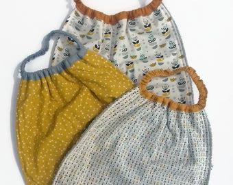 Serviette de table enfant, serviette élastiquée, serviette cantine, scandinave, bavoir nounou, maternelle, bavoir cantine, bavoir élastiqué