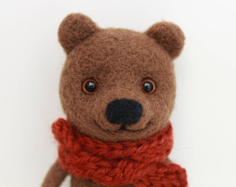 Felted bear toy / Bear in a scarf / Needle felted bear toy / Felted brown bear / animal / Felted toy / Soft sculpture / Art doll