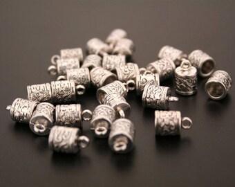 10 bead caps in antique silver. (ref:3391).