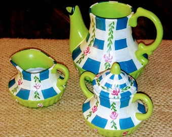 Lovely Authentic Jane Keltner Small handpainted Tea Pot Creamer and Sugar Bowl Teapot (N-1277)