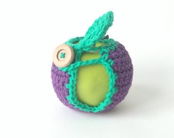 Crochet Apple Cozy Fruit Cozy Cotton Lunch Box Bag Treat // Teacher Gift Neighbor Friend Child Back To School // Colorway Grape Jelly Purple