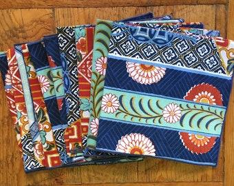 Vintage dinner napkins, geometric design, set of 10