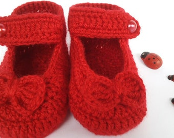 RED BABETTES  , Babygirl Booties , Babettes With Bowtie  , Baby Gift , Crochet Babettes , Handmade Booties