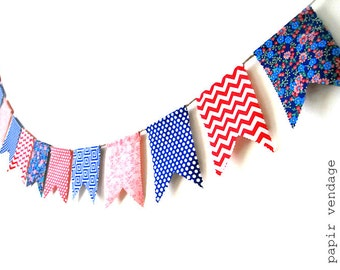 Nautical Bunting Banner, Navy & Coral Bunting Banner, Chevron and Polka Dot Bunting, Beach Photography Prop,Beach Home Decor,Summer Trends