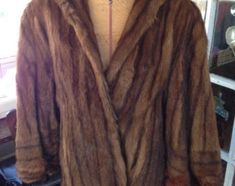Vintage fox jacket, medium brown with front pockets