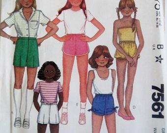 Sewing Pattern Uncut girl shorts Children girls shorts vintage 1980s McCalls 7561