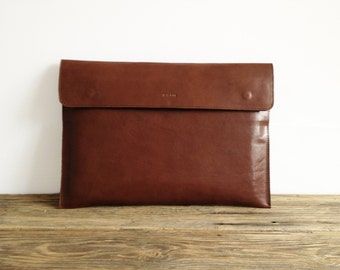 "Macbook 15"" Sleeve, Brown Leather, MacBook 15 Pro, Office Bag, Padded, Leather Sleeve, embossed great for a gift"