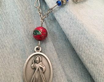 Reversible Divine Mercy necklace 2