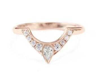Pear diamond unique wedding side band, unique gold and diamond ring, pear diamond wedding ring, matching side band, silly shiny diamonds