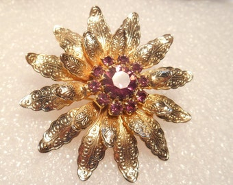 Delicate Gold Tone Etched Layered Brooch With Prong Set Purple Rhinestones