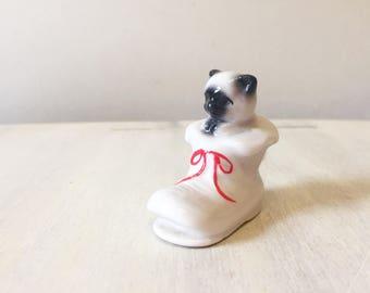 Cat figurine, porcelain cat, ceramic cat, vintage cat figurine, puss in boot, small vintage cat, animal figurine, cat statue, cat sculpture