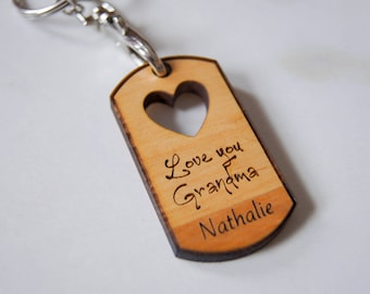 Personalized Wood Keychains, Customized Keychains, Heart shape Keychains, Engraved Keychains, grandma gifts, mothers day gifts,
